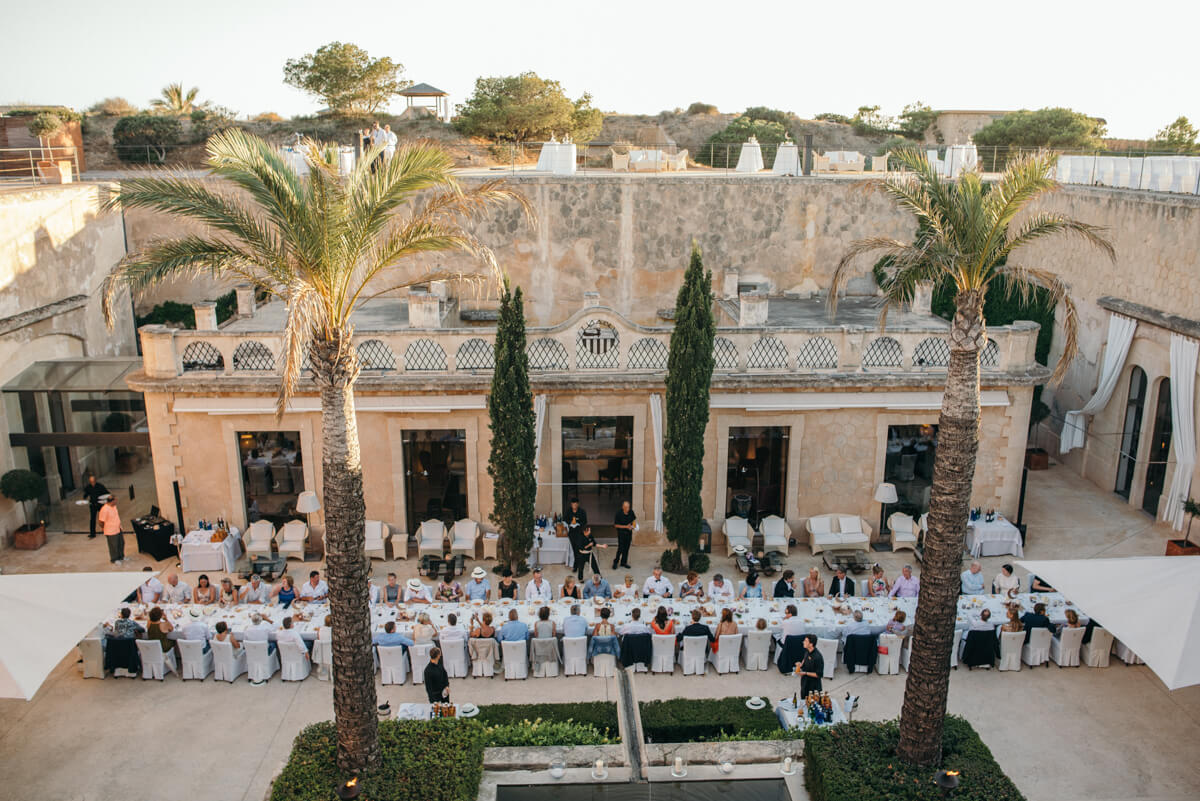 destination wedding manes photographer